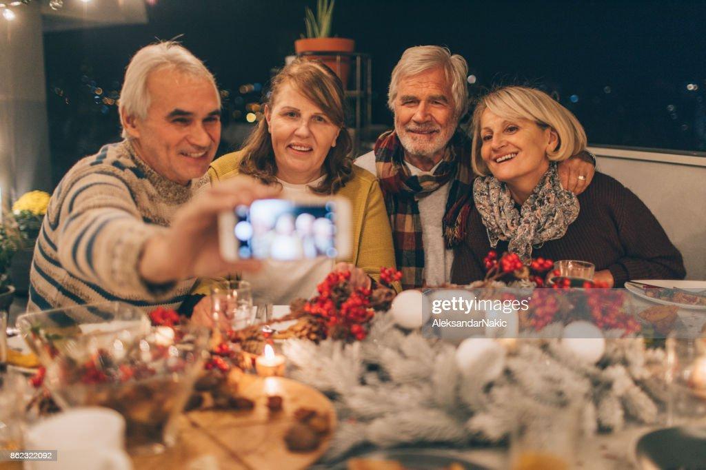 Capturing Thanksgiving memories : Stock Photo
