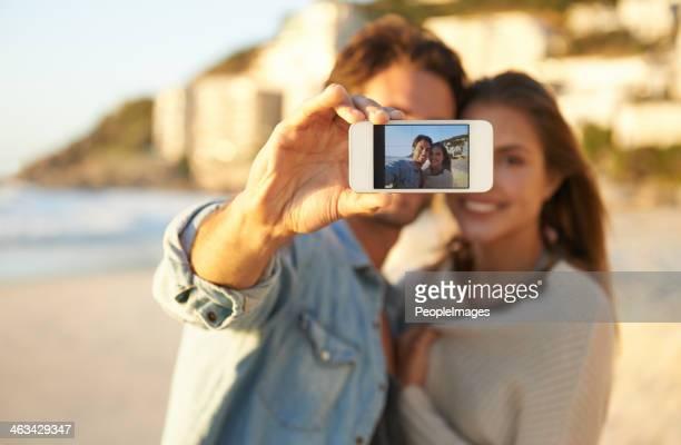 美しい瞬間を捉える - ハネムーン ストックフォトと画像