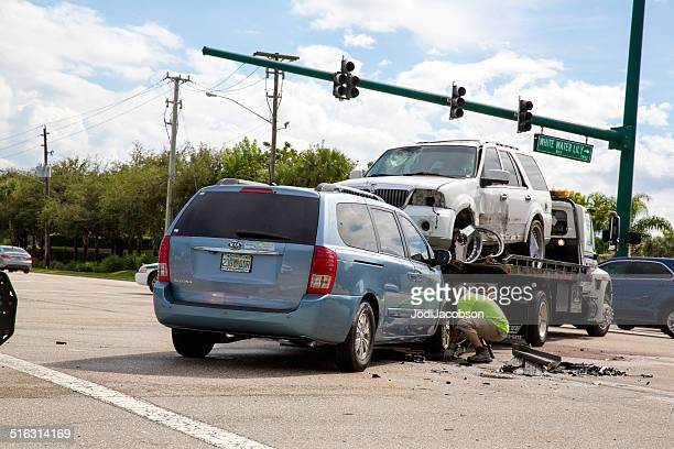 car accident in boynton beach, florida - tow truck stock pictures, royalty-free photos & images