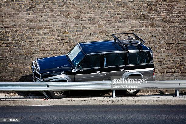 car accident, melbourne, australia - car crash wall stock pictures, royalty-free photos & images