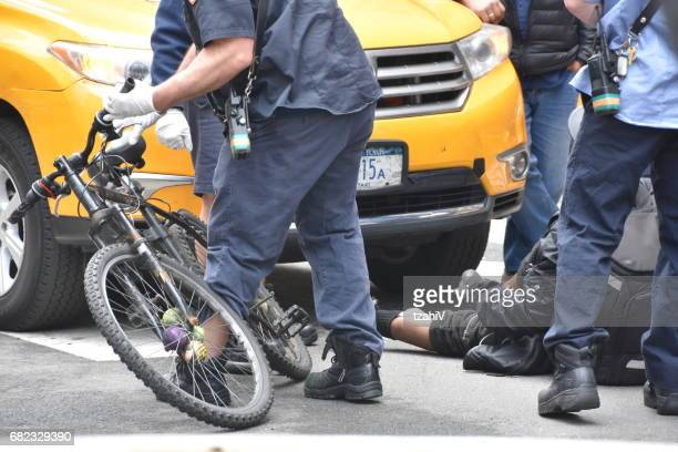Car accident, New York- between a taxi and a cyclist