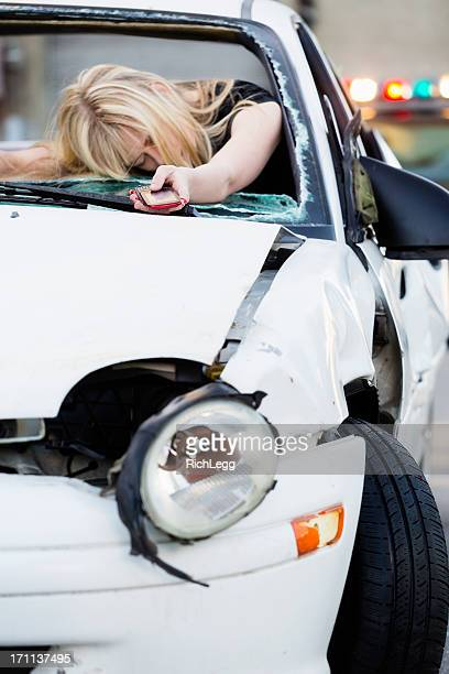 car accident - dead bodies in car accident photos stock pictures, royalty-free photos & images