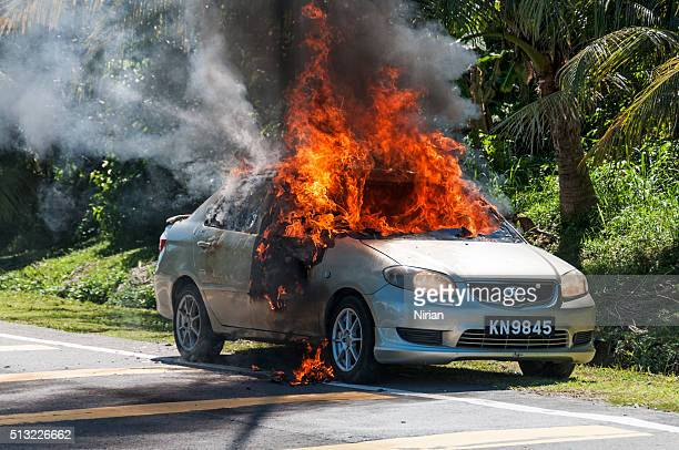car burning - horrible car accidents stock pictures, royalty-free photos & images