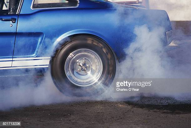 car drag racing - spinning stock pictures, royalty-free photos & images