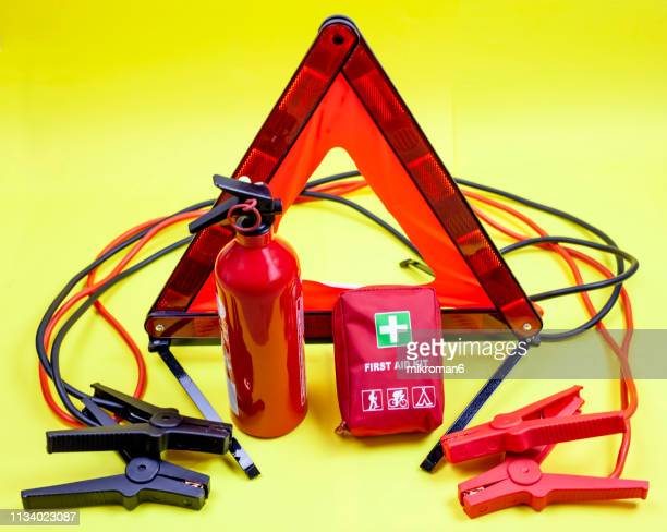 car emergency kit - accident and breakdown kit - vehicle breakdown stock pictures, royalty-free photos & images
