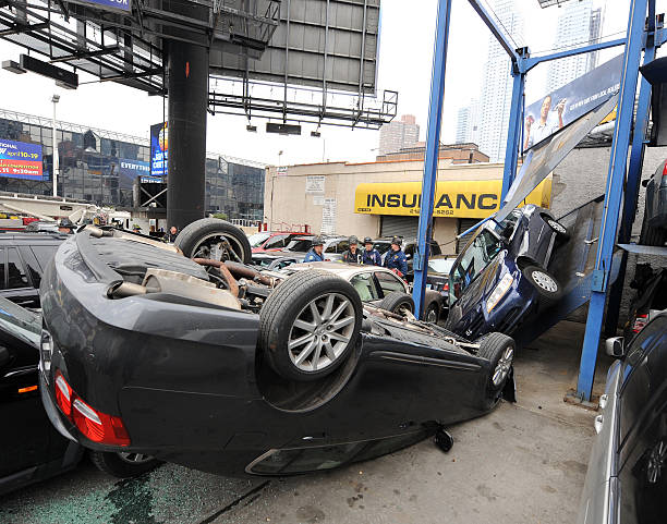 Car Lift For Home Garage: A Car Fell Off A Lift That Broke At Parking Garage At The