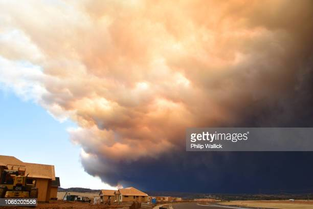 car fire forest fire  in butte county now as seen from chico ca. - 2018 camp wildfire stock pictures, royalty-free photos & images