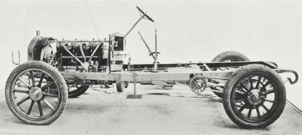 Car frame with a Napier 40 HP engine, 6 cylinders Pictures | Getty ...