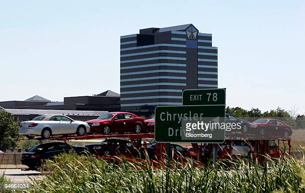 media gettyimages com/photos/car-hauler-with-chrys
