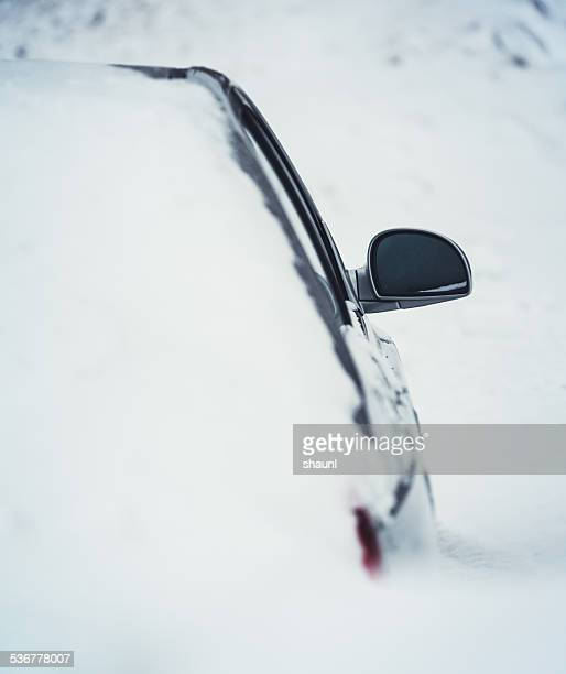 car in snowdrift - buried stock pictures, royalty-free photos & images