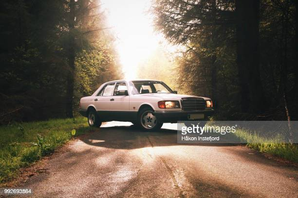 car in sunset 2 - 1990~1999年 ストックフォトと画像