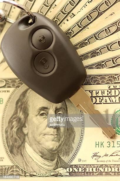 Autoschlüssel und-Dollar
