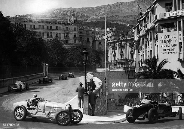 Car racing difficult curve before the Casino of Monte Carlo the race Grand Prix de Monaco left Rigatti right Alfa Romeo Published by 'Berliner...