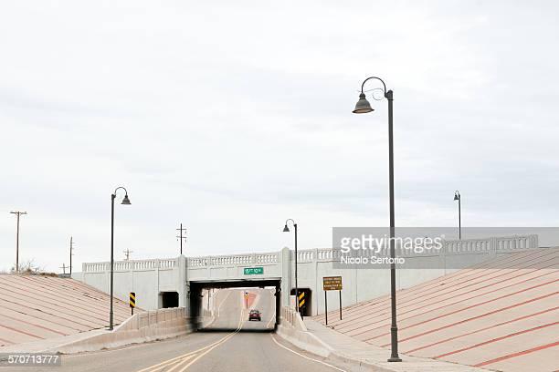 car, road, overpass, lights - poste imagens e fotografias de stock