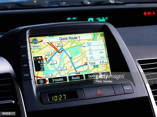 car sat navigation system. - karte navigationsinstrument stock-fotos und bilder