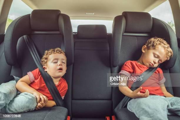 car trip - dormire foto e immagini stock