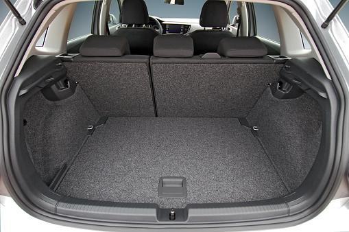 car trunk 1135585612