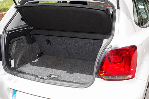 Car trunk 498099835