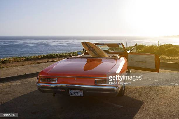 car with surfboard - hayward california stock pictures, royalty-free photos & images