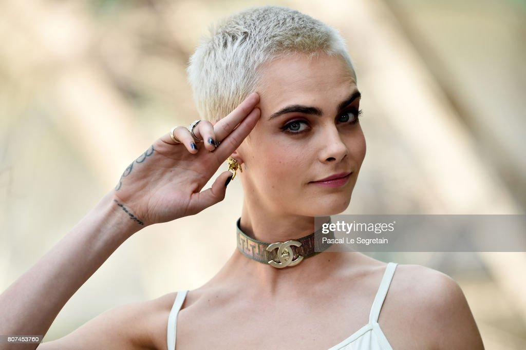 Chanel : Photo Call - Paris Fashion Week - Haute Couture Fall/Winter 2017-2018 : News Photo