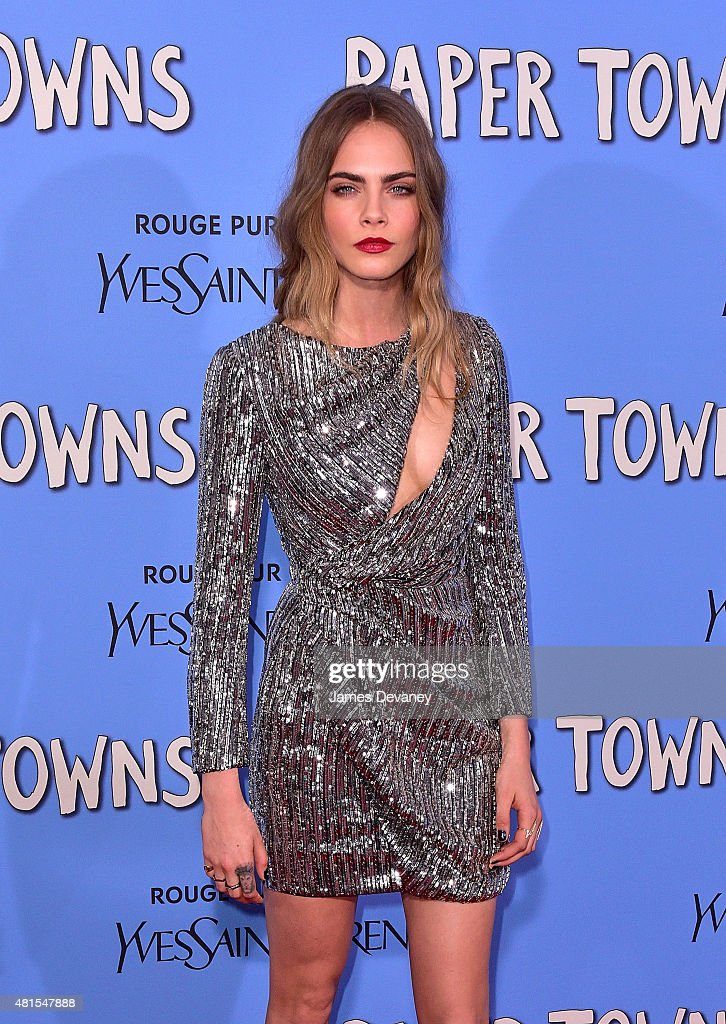 """""""Paper Towns"""" New York Premiere - Outside Arrivals : News Photo"""