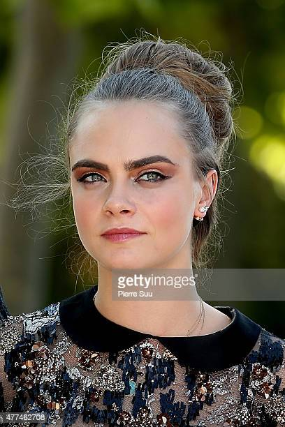 Cara Delevingne attends the photocall of the movie 'Paper Towns' on the Champs De Mars on June 17, 2015 in Paris, France.