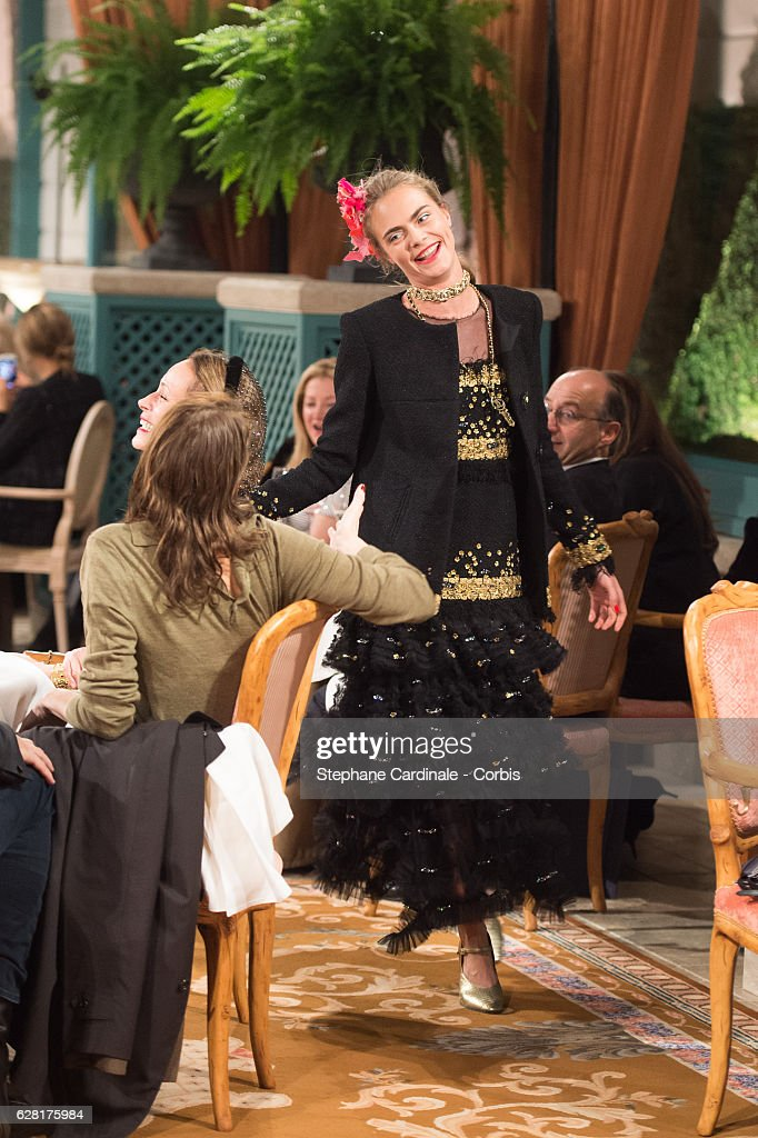 """Chanel Collection des Metiers d'Art 2016/17 : Paris Cosmopolite""  : Show At Hotel Ritz : News Photo"
