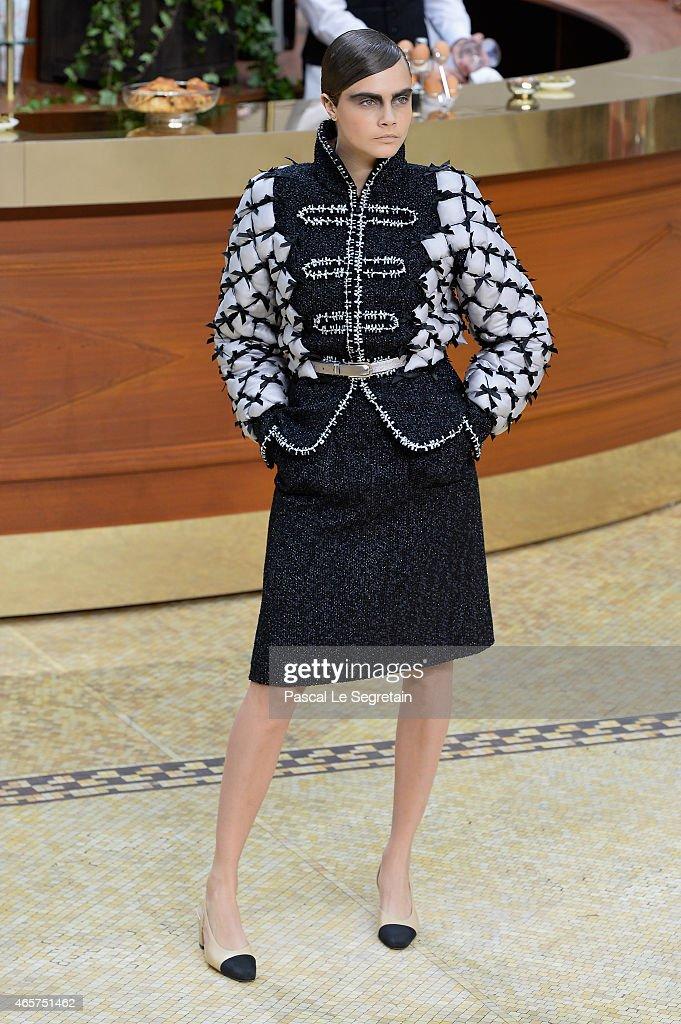 Cara Delevingne Chanel Runway