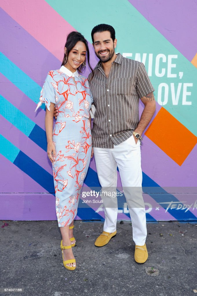 Cara Santana (L) and Jesse Metcalfe attend the Aldo LA Nights 2018 at The Rose Room on June 13, 2018 in Venice, California.