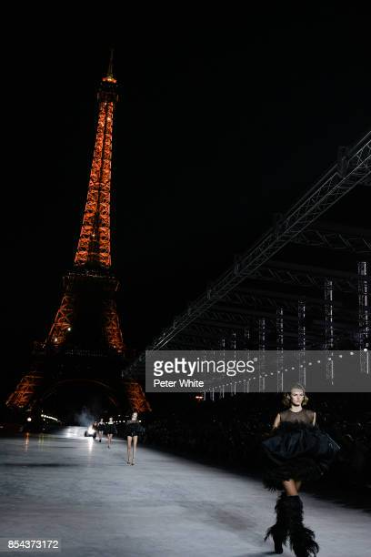 Cara Taylor walks the runway during the Saint Laurent show as part of the Paris Fashion Week Womenswear Spring/Summer 2018 on September 26 2017 in...