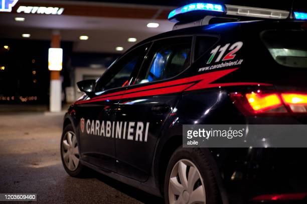 carabinieri night activity - carabinieri foto e immagini stock