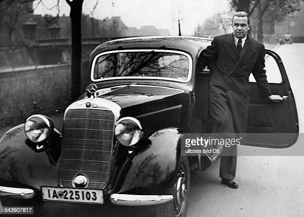Caracciola Rudolf Racing Driver Germany* with his Mercedes Benz car Photographer Heinrich Hoffmann Published by 'Die Gruene Post' 46/1936Vintage...
