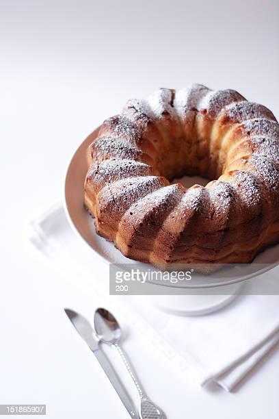 Caramel marble pound cake