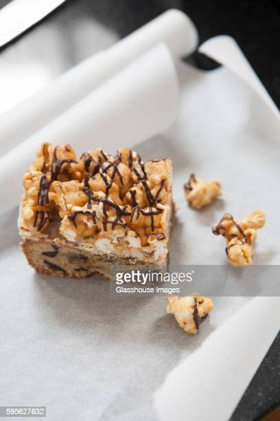 Caramel Popcorn Bar