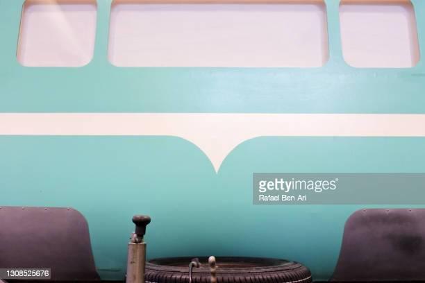caravan as view from a rare window of a towing vehicle - rafael ben ari 個照片及圖片檔