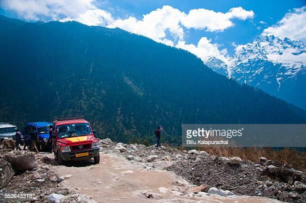 Caravan of 4x4s halting for repairs Sikkim