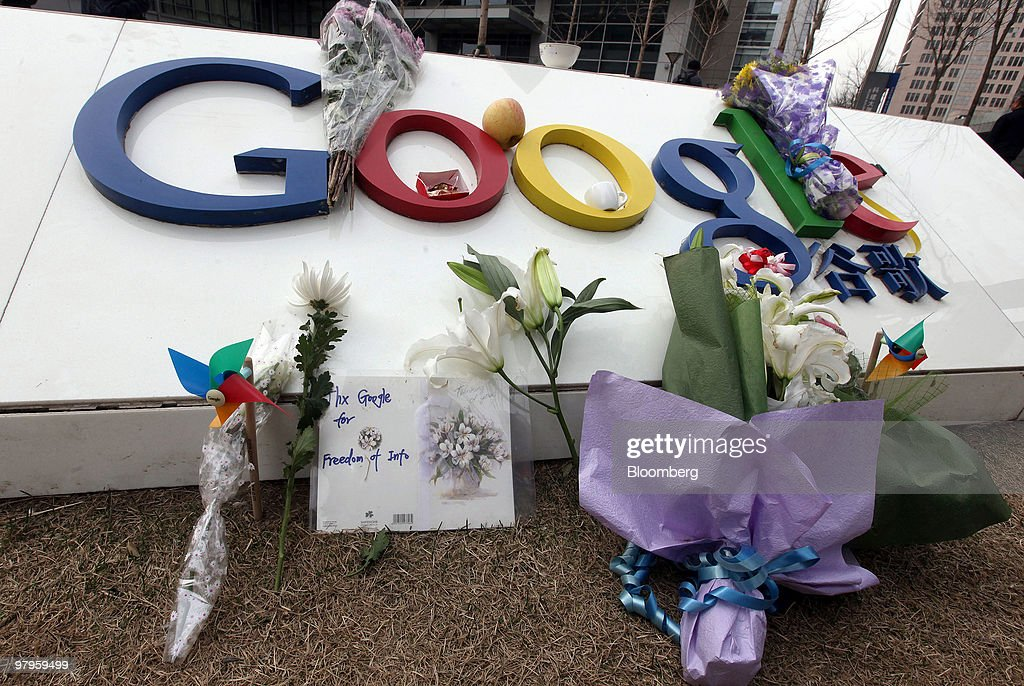 A card thanks Google Inc. for 'Freedom of Info' outside the company offices in Beijing, China, on Tuesday, March 23, 2010. Google Inc., following through on a pledge to stop censoring search results in China, began serving mainland Chinese users via its unfiltered Hong Kong site, a move that could prompt the government to block the service. Photographer: Doug Kanter/Bloomberg via Getty Images