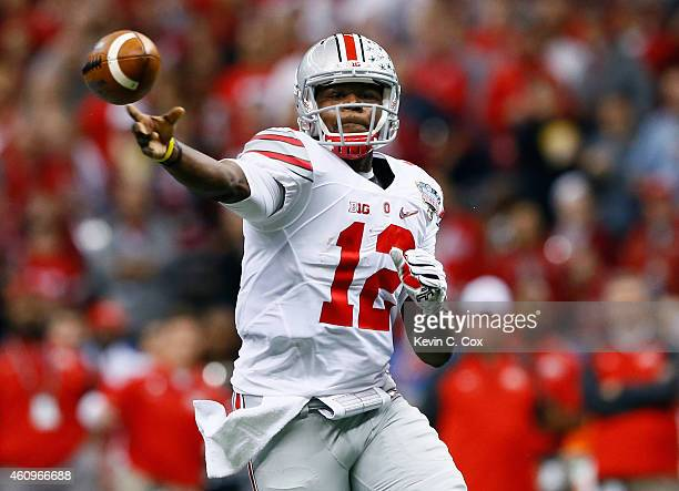 Cardale Jones of the Ohio State Buckeyes throws a pass in the first half against the Alabama Crimson Tide during the All State Sugar Bowl at the...