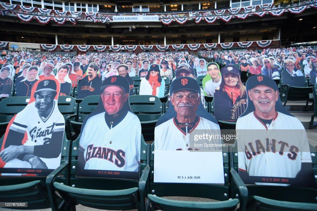 MLB: AUG 01 Rangers at Giants : News Photo