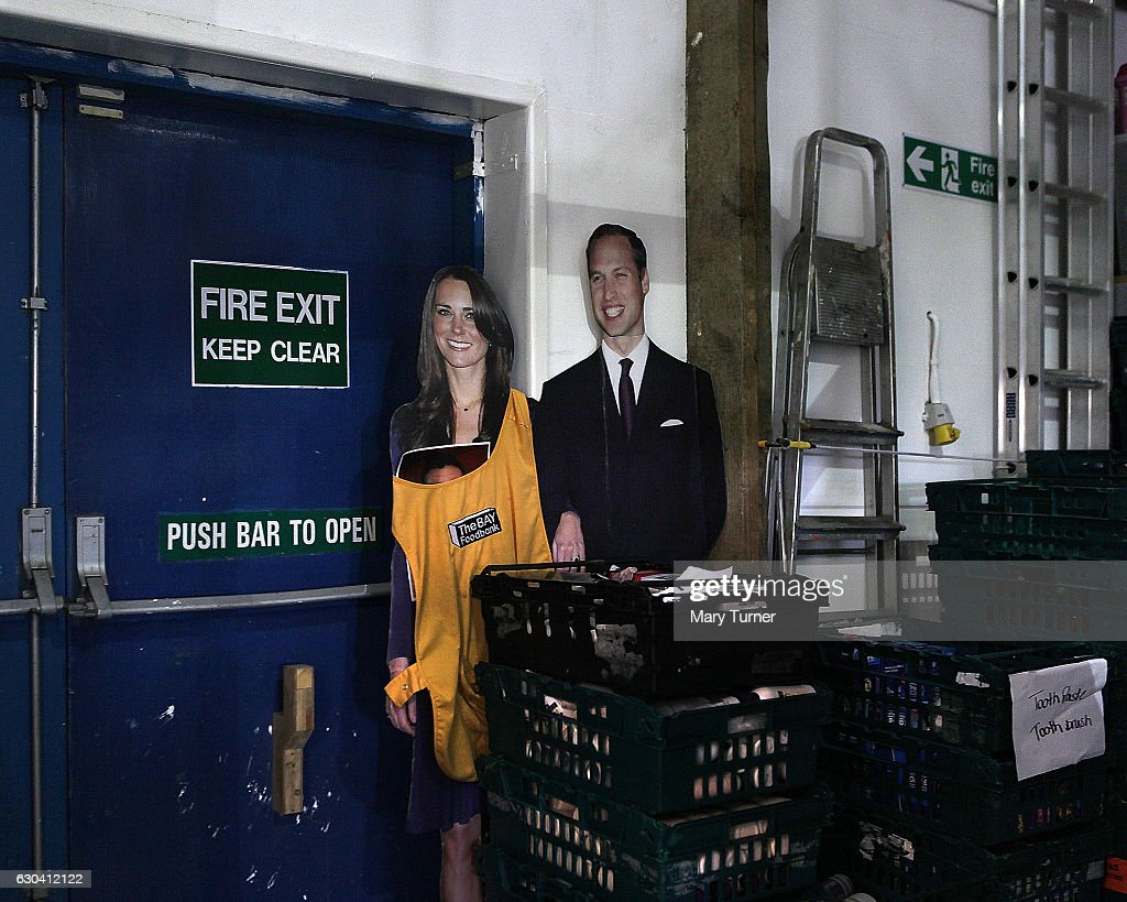 Cardboard Cut Outs Of The Duke And Duchess Of Cambridge Help
