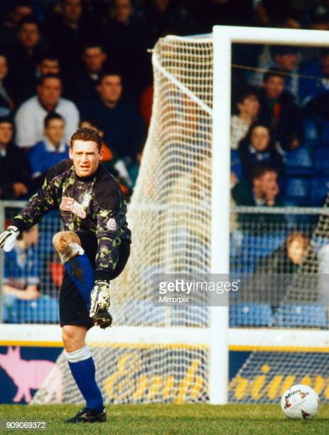 Cardiff 1-4 Fulham, League Division 3 match at Cardiff City Stadium, Saturday 9th March 1996. Goalkeeper David Williams in action.