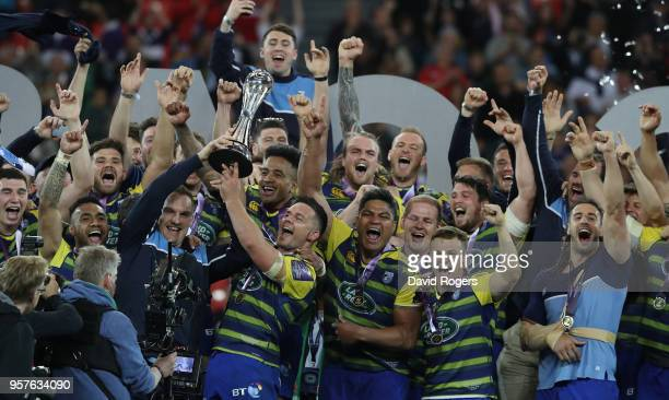 Cardiff Blues celebrate their victory during the European Rugby Challenge Cup Final match between Cardiff Blues v Gloucester Rugby at San Mames...