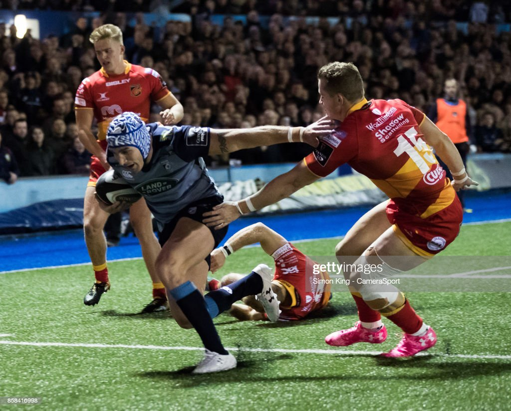 Cardiff Blues' Tom James scores his sides second try during the Guinness Pro14 Round 6 match between Cardiff Blues and Dragons on October 6, 2017 at Cardiff Arms Park in Cardiff, Wales.