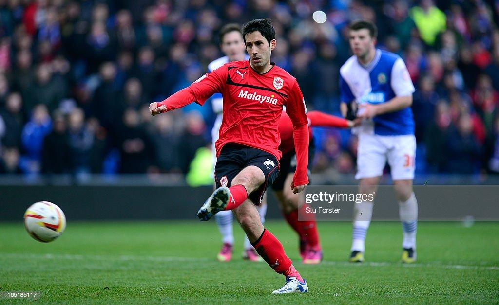 Cardiff City v Blackburn Rovers - npower Championship : News Photo