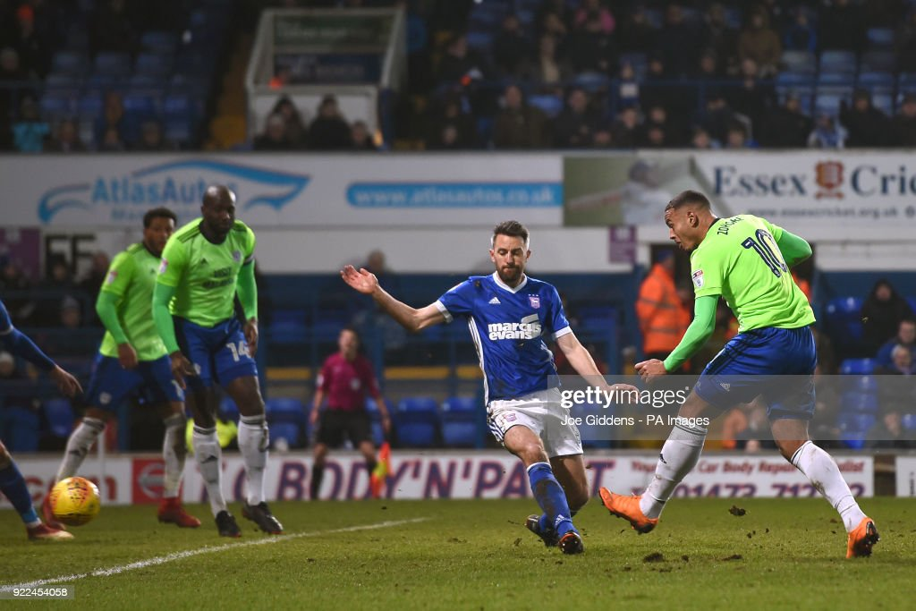 Cardiff City's Kenneth Zohore (right) scores his side's first goal of the game during the Sky Bet Championship match at Portman Road, Ipswich.