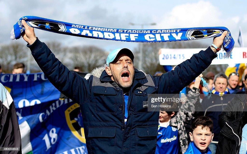 Cardiff City v Liverpool - Premier League : News Photo