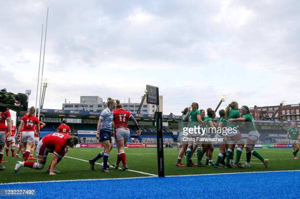 Cardiff , United Kingdom - 10 April 2021; Dorothy Wall of Ireland celebrates with team-mates after scoring a try during the Women's Six Nations Rugby...