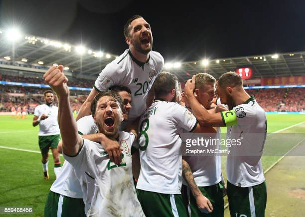 Cardiff United Kingdom 9 October 2017 James McClean second from right of Republic of Ireland celebrates with teammates after scoring his side's first...