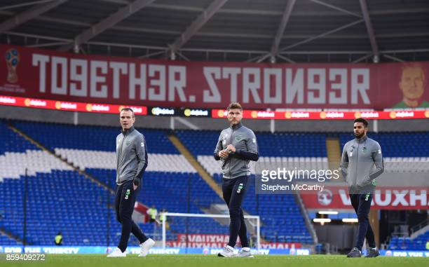 Cardiff United Kingdom 9 October 2017 Republic of Ireland players from left Glenn Whelan Jeff Hendrick and Cyrus Christie prior to the FIFA World Cup...