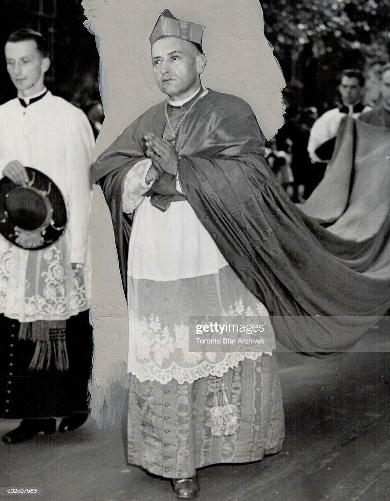 Cardinal Mindszenty. At Marian Congress in Ottawa : News Photo